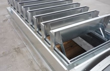 MCR LAM LOUVERED VENTS